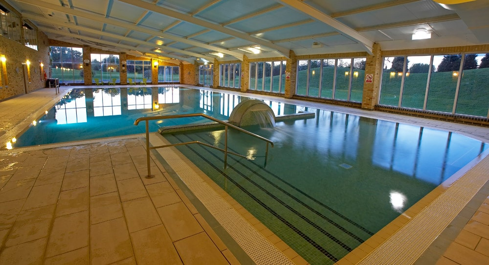 swimming pool at Cottingham Parks