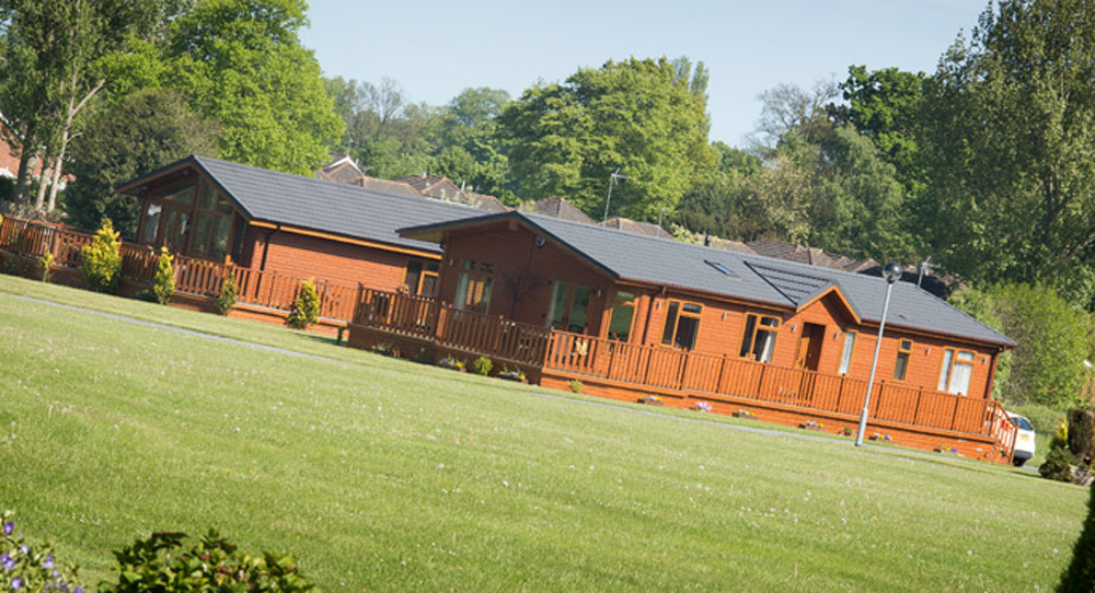 lodges at cottingham parks
